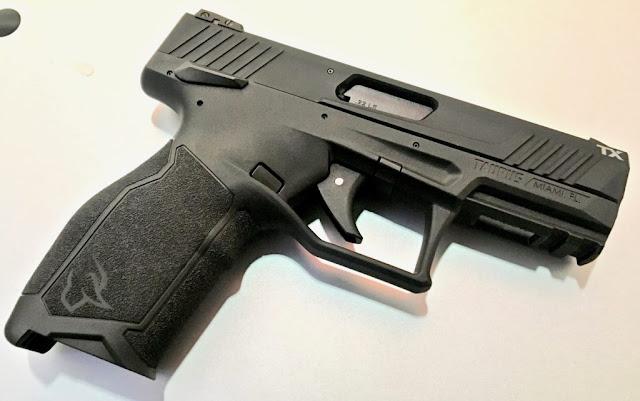 pistola Taurus TX22