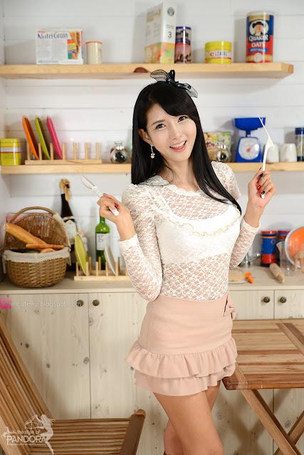 xxx nude girls: Cha Sun Hwa in Blue Mini Dress