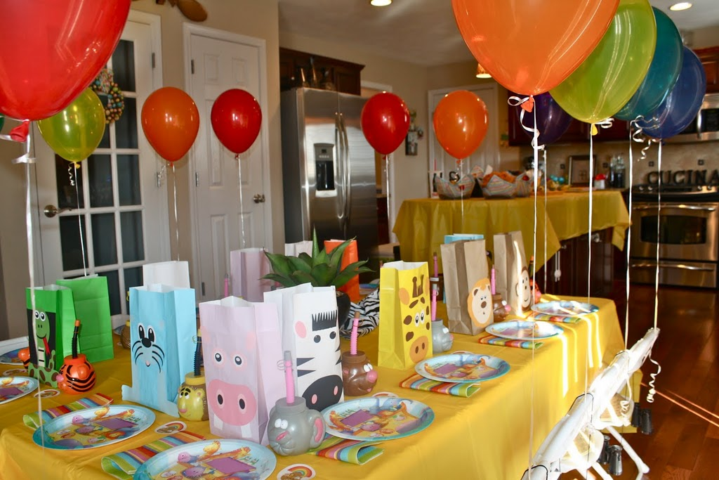 Clementine's Cupcakes: Noah's Ark Birthday Party