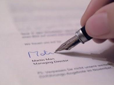 Cara Penempatan dan Penulisan Tanda Tangan (Signature Block) dalam Surat Resmi