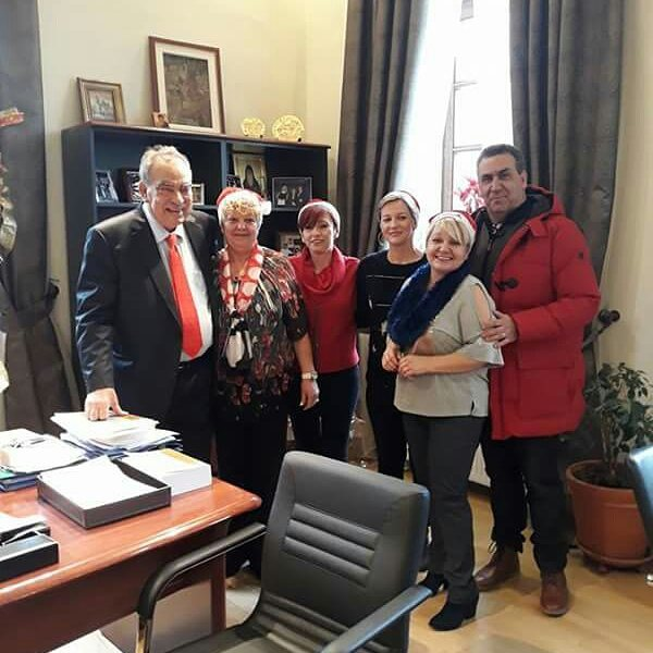 Τα ''έψαλλαν'' στο Δήμαρχο Πολυγύρου ο Σύλλογος Τεχνών Γαλάτιστας.