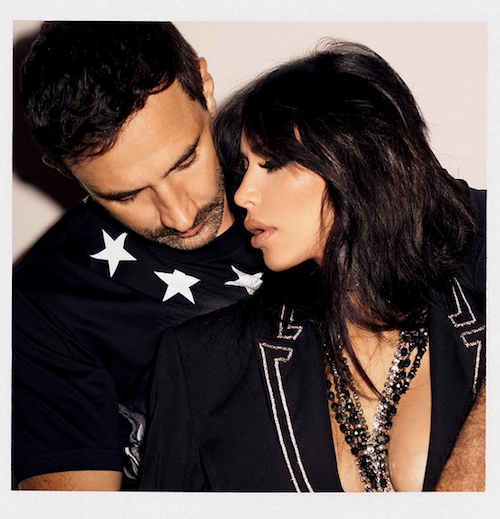 Kim Kardashian in the arms of his friend Riccardo Tisci