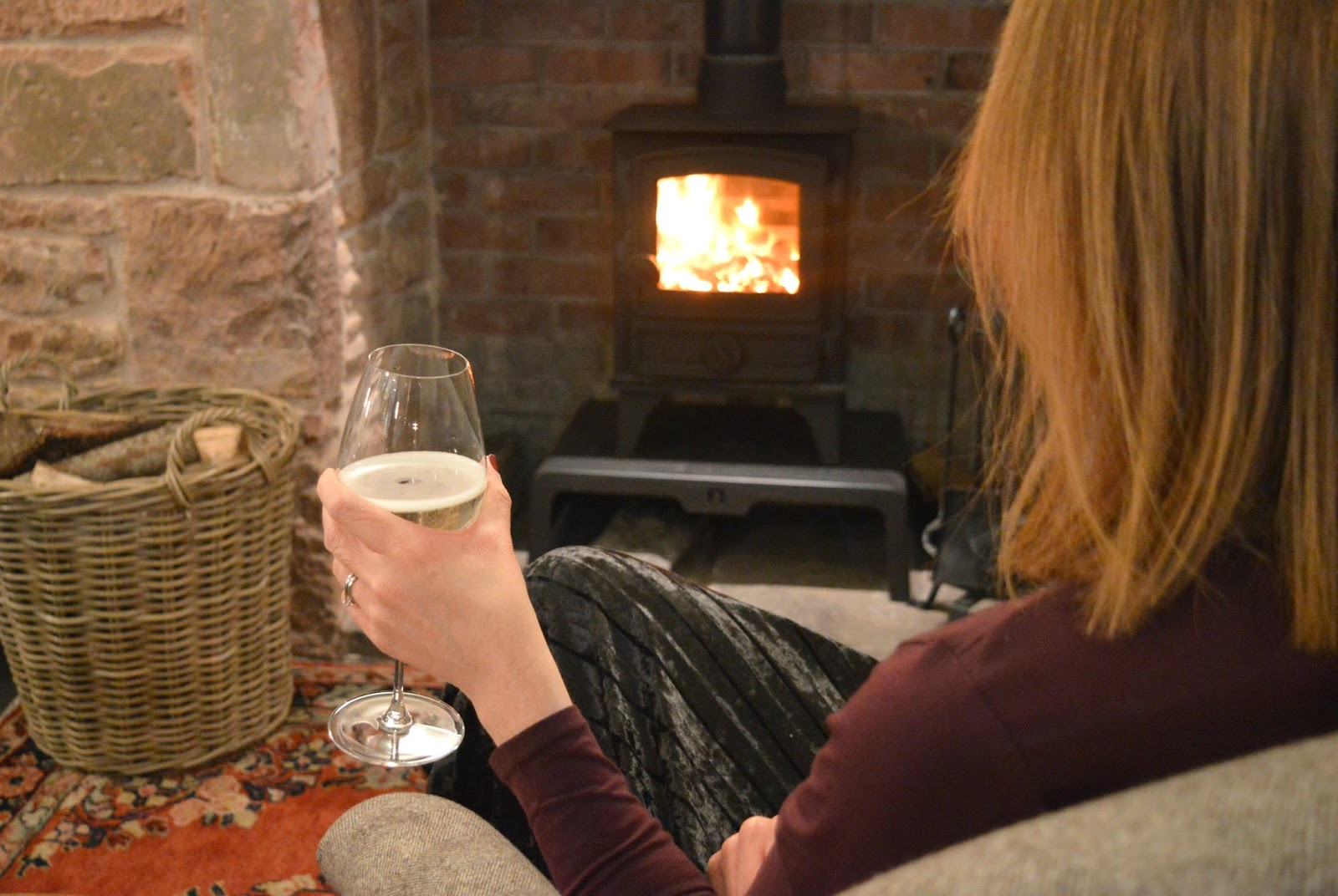 Pentonbridge Inn Cumbria - Fizz by the Fire