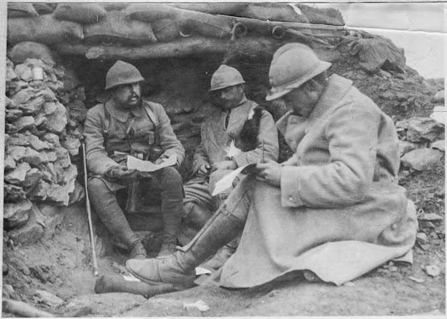 Battle of 19 March 1917 north of Bitola. Captain Lempereur, 272nd Division and a staff officer dictating a telegram during the battle of 19 March