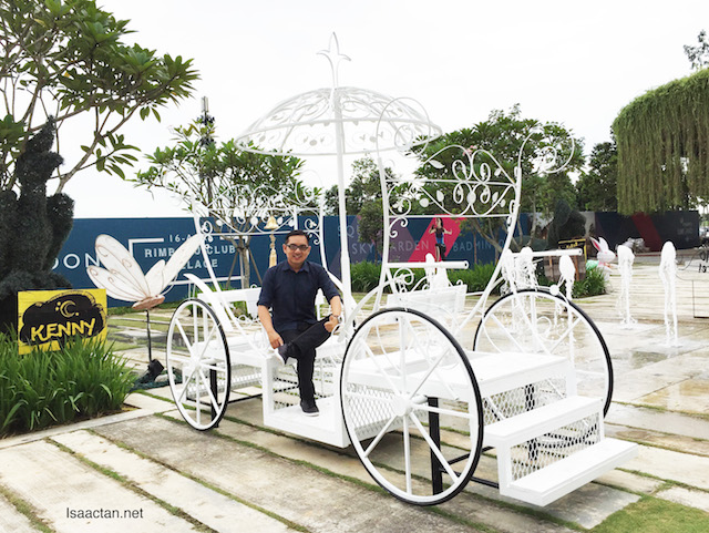 Loving this white carriage at IJM Land's Bandar Rimbayu