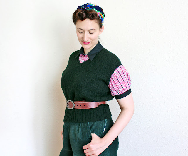 The Butterfly Balcony - Knit It -  Free Women's Land Army Pullover Pattern