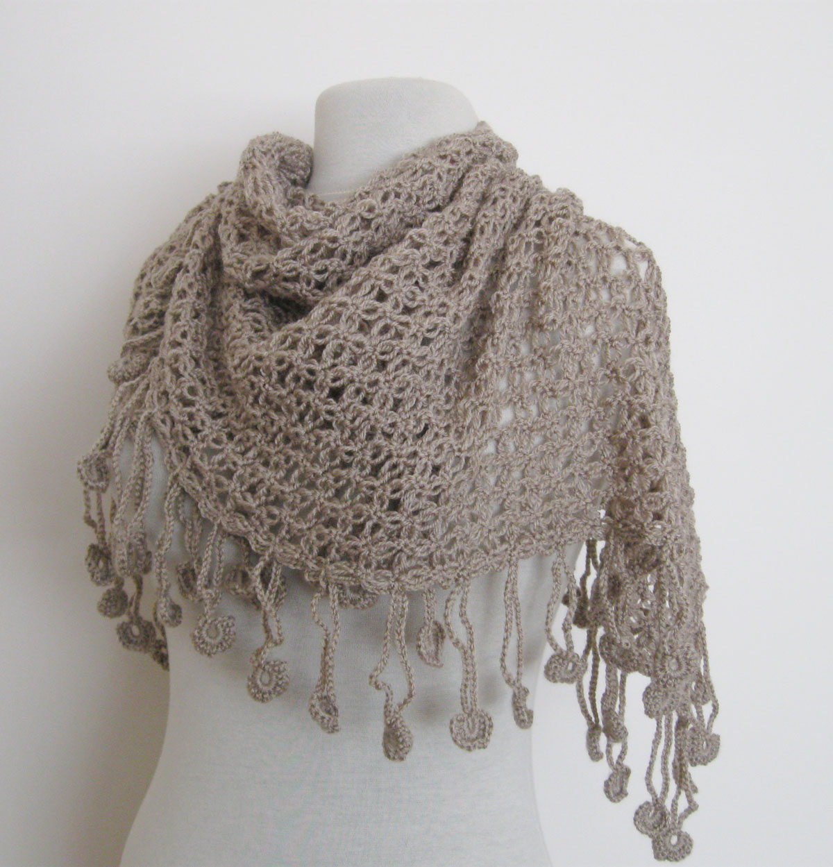 Scarf Knit With Two Colors