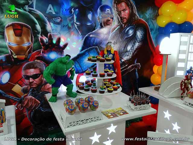 Mesa temática decorativa Os Vingadores