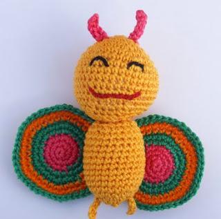 http://rincondepaqui.blogspot.com.es/2012/12/mariposa-amigurumi.html
