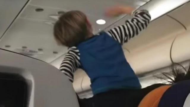 Video Viral Penumpang Wanita Keringkan Celana Dalam di Kabin Pesawat