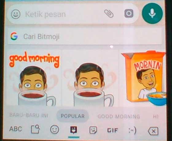 cara instal dan menggunakan bitmoji keyboard di android