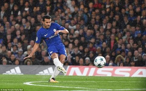 Pedro chuẩn bị thi đấu trận thứ 100 cho Chelsea