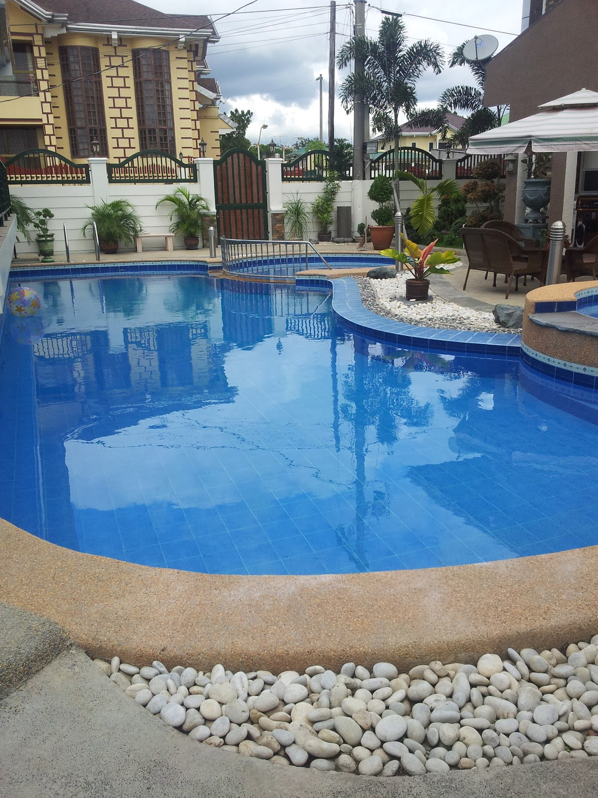 Jr pool swimming pool construction maintenance and repair - Bobs swimming pool service and repair ...