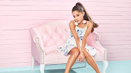 Ariana Grande HD Wallpaper 2018