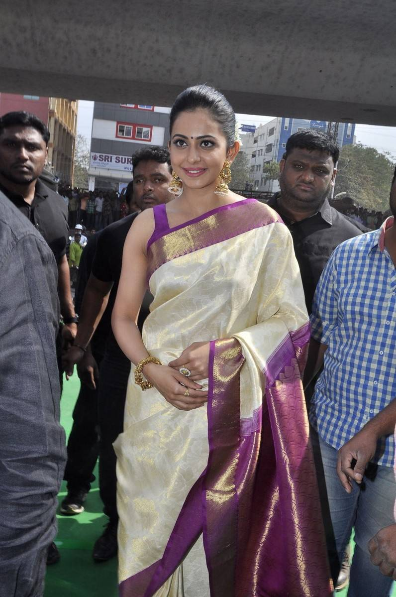 Rakul Preet Singh In White Saree At Shopping Mall Launch