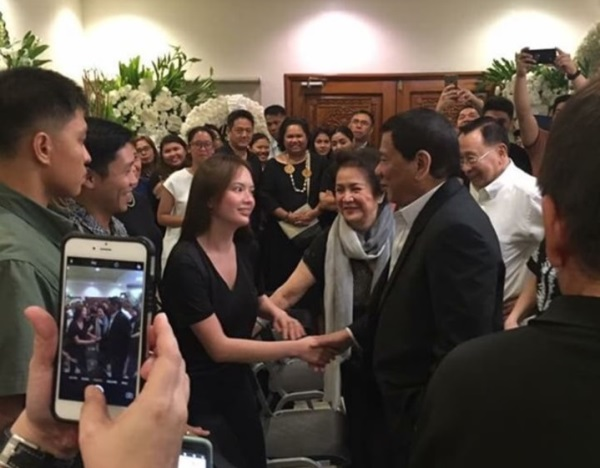 Ellen Adarna and John Lloyd Cruz meet President Duterte