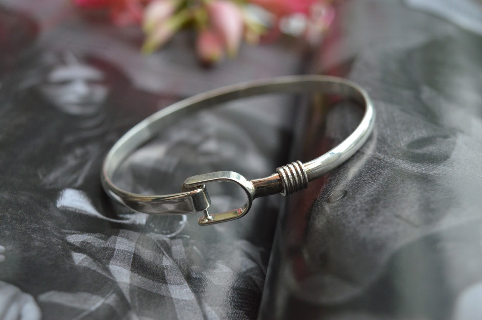 Brown's Family Jewellers Silver Stirrup Bangle