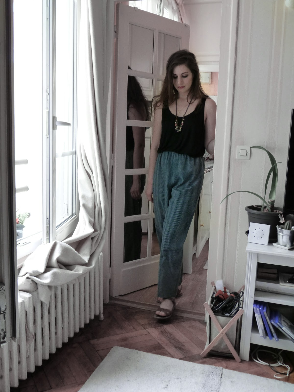 Thrift shopping guide: mom jeans and patterned pants