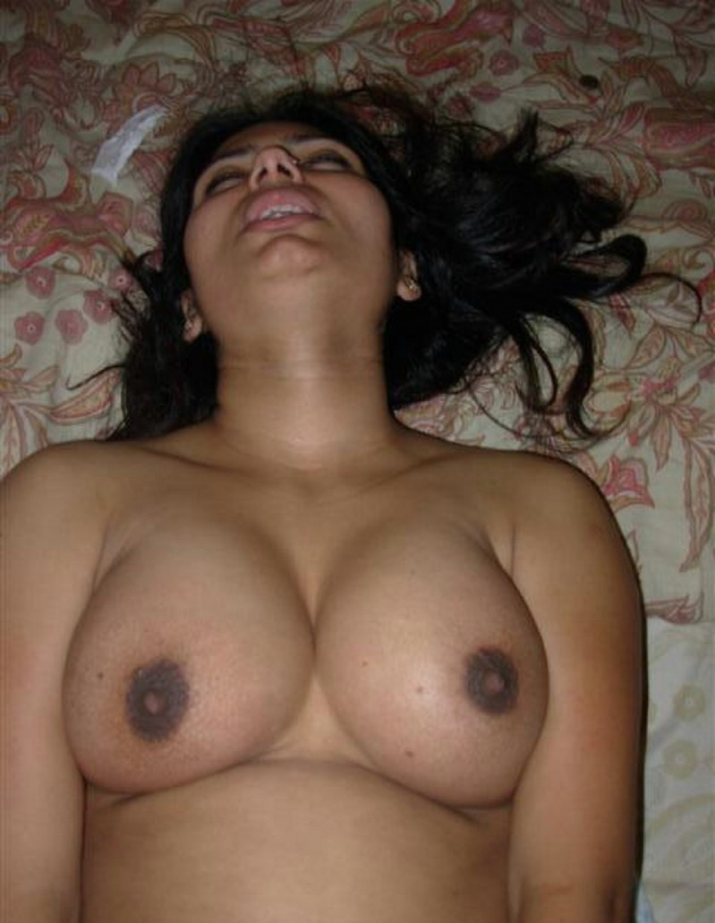 Desi Aunty Giving Hot Expressions While Fucking With -5729