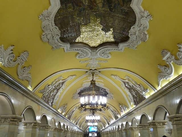 Tour metro de Moscú Historia y mitos