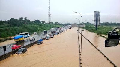 Ilustrasi banjir di Exit Tol Cibatu Cikarang