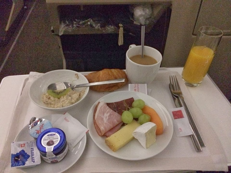 Business class breakfast