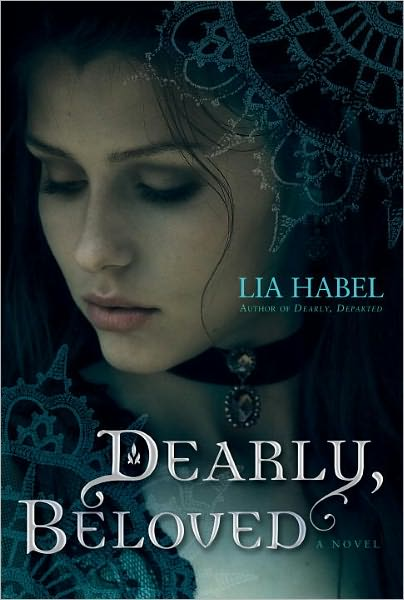 Authors After Dark Author Spotlight Interview - Lia Habel