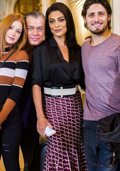 Looks Carolina Castilho