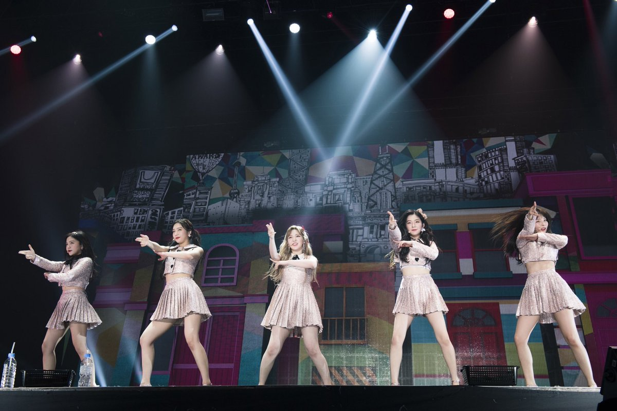 Red Velvet - Red Room First Concert in Japan - RVid