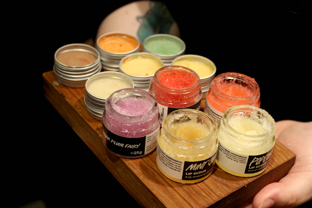 SEO LUSH LIP SCRUBS
