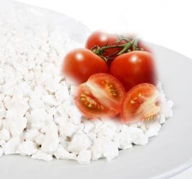 mạt nạ bột sắn dây và cà chua