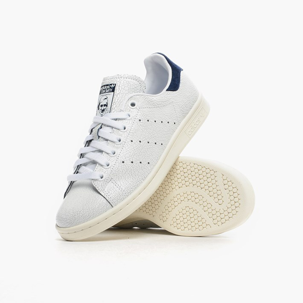 finest selection ec64d 3ee61 Adidas Womens Stan Smith. White, White, Collegiate Navy. M19587