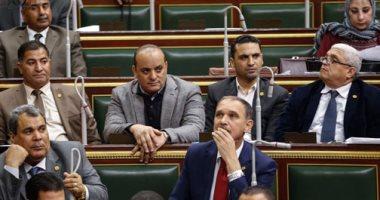عبد العال يدعو نواب البرلمان لزيارة اسوان على نفقته