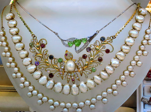 semi precious stones and pearls jewelry
