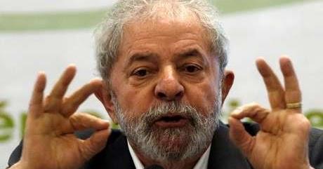 Lula da Silva responde a sentença com candidatura às presidenciais de 2018