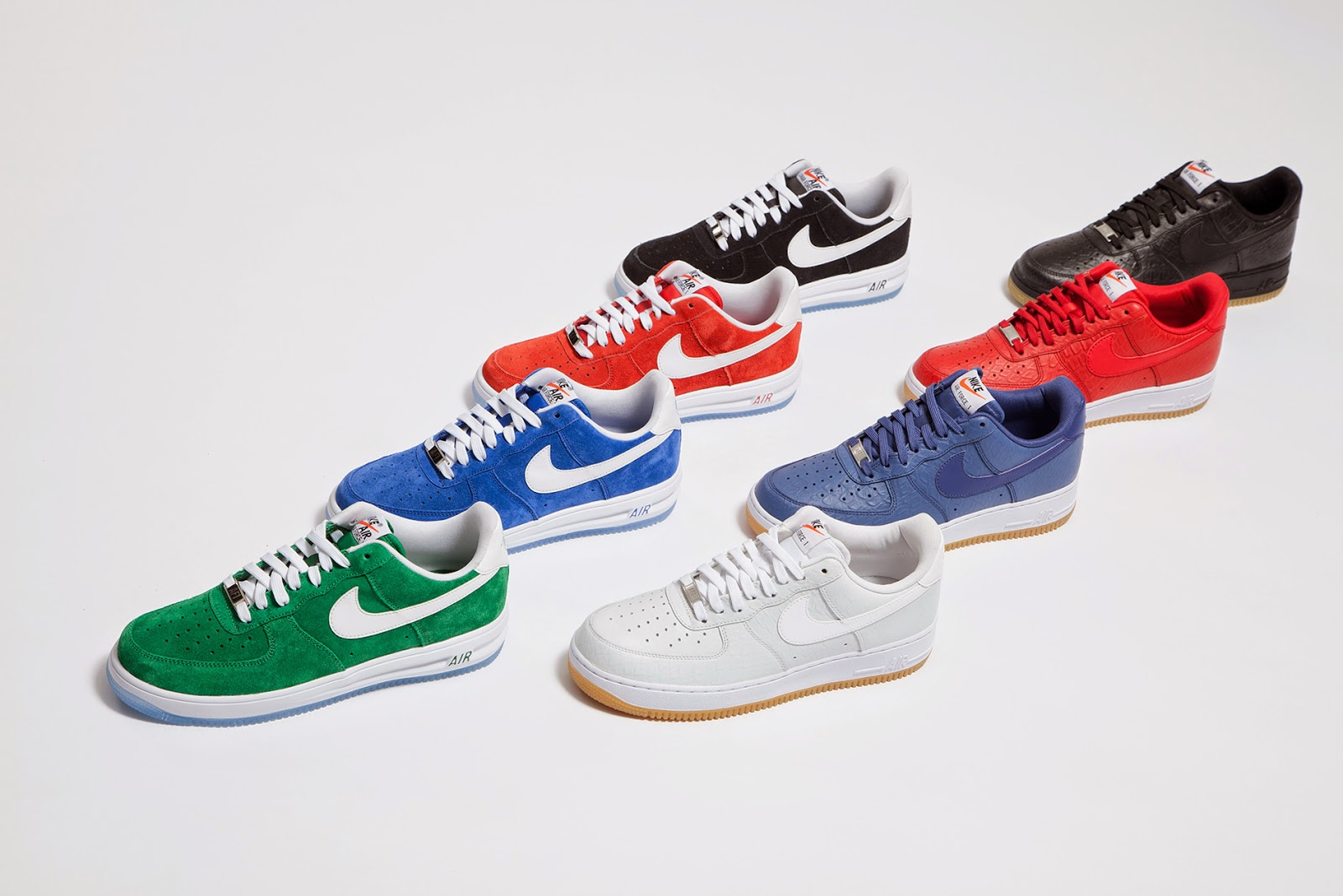PARDON ME, ARE YOU BALLIN'? - FOOT LOCKER NIKE COLLECTION