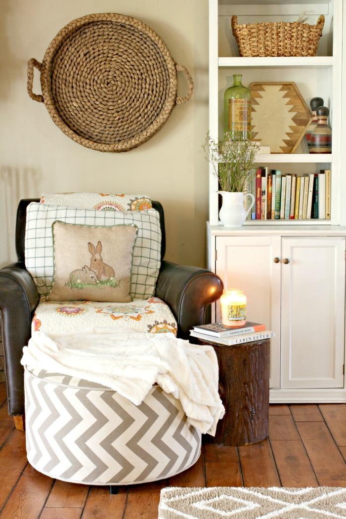 Spring decor ideas - www.goldenboysandme.com