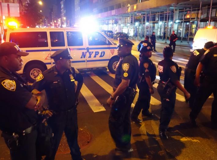الجهوية 24 عاجل..إصابات في انفجار بمحطة للحافلات بنيويورك