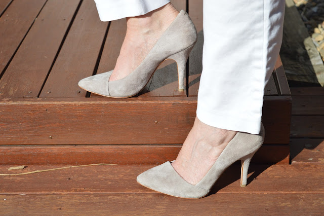 Sydney Fashion Hunter - The Wednesday Pants #39 - Madewell Grey Suede Pumps
