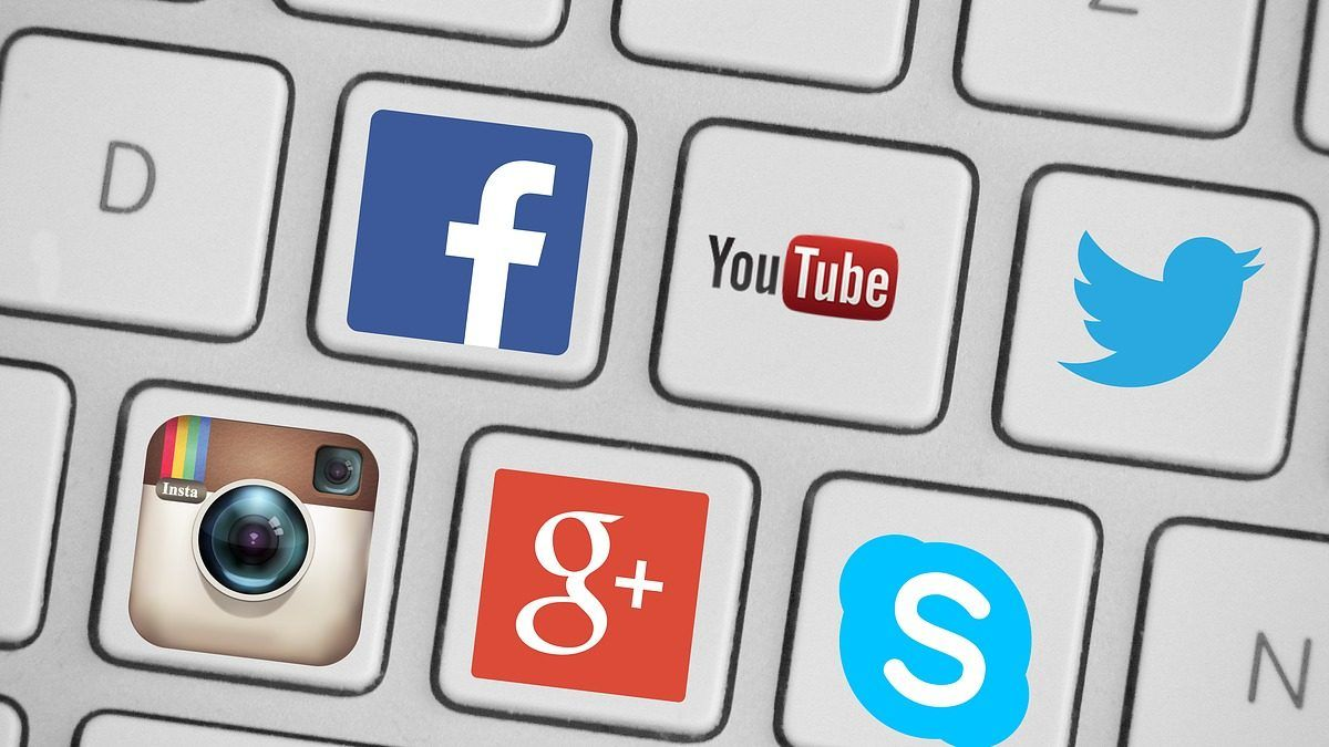 Use social media sites  to Build Online Presence for Your Business