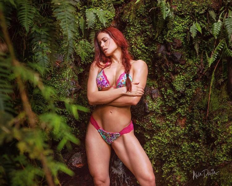 IFBB Pro Bikini Athlete Ana Delia De Iturrondo