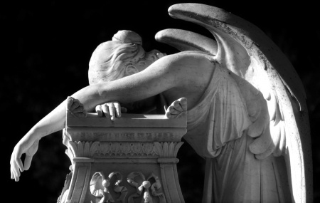 ANGEL GRAVE CRYING PRINCE DEATH