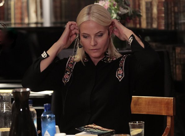 Crown Princess Mette-Marit wore Vilshenko Rachel embroidered wool and cashmere-blend blouse. Gaute Heivoll and Bjarte Breiteig