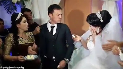 شاهد.. لقطات صادمة لعريس يضرب عروسته في ليلة الزفاف.. حادثة لا تتكرر