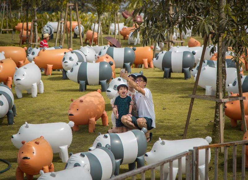 sentosa palawan beach we bare bears inflatables
