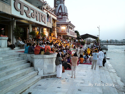 Crowds filling in at the Parmarth Niketan ashram in Rishikesh