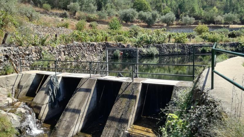 Zona De Banhos de Lavacolhos
