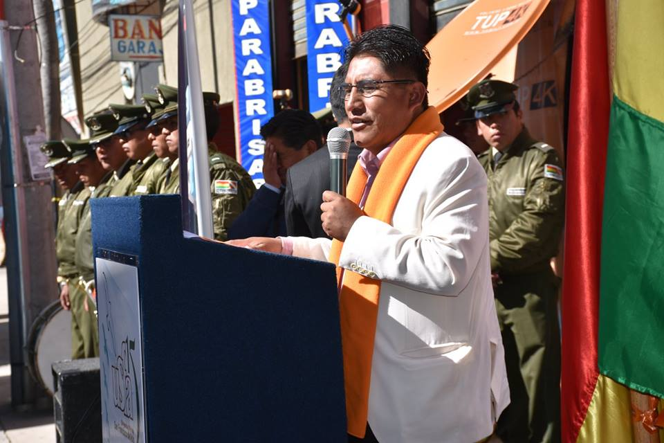 Gobernador afirma que las autonomías en Bolivia no son plenas sino subordinadas al Gobierno central