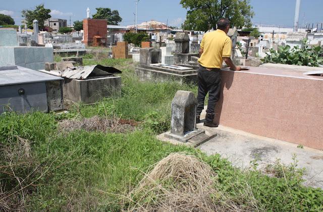 inseguridad-y-maleza-acogotan-cementerio-la-villa