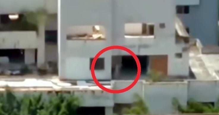 Ένα ανήσυχο φάντασμα εμφανίστηκε σε κτίριο  λίγο πριν γίνει κατεδάφιση του (video)